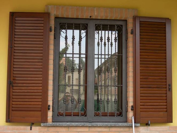 Inferriate di sicurezza brescia composite doors - Inferriate di sicurezza costi ...